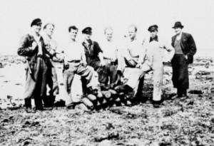 Ouegruppen parat til sprængning af tysk ammunition.